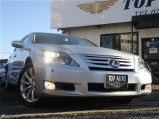 2010 Lexus LS600h I package